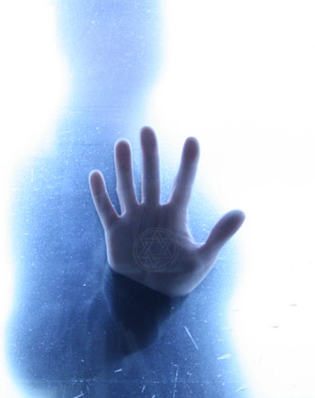 X-Files: amprenta paranormalului în fișierele natale