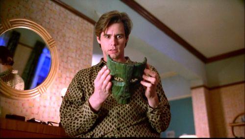 Jim Carrey, cu mască și fără mască
