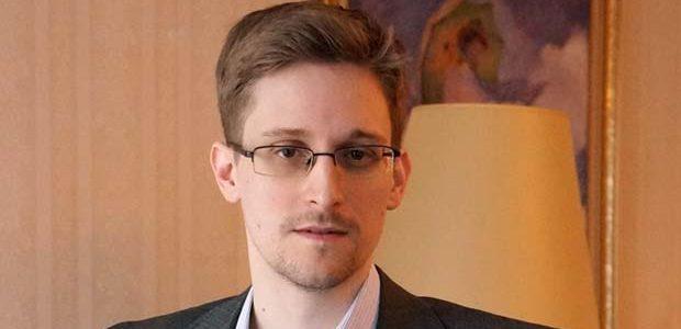 Un shaman al erei informației: Edward Snowden